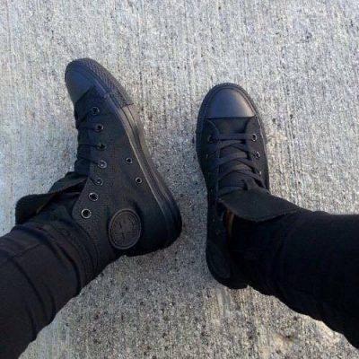 Converse classic Full đen cổ cao