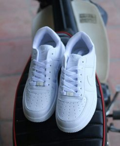 Nike Air Force One trắng
