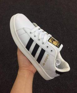 Adidas trơn tem vàng