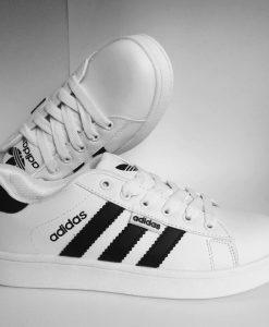 Adidas mũi trơn