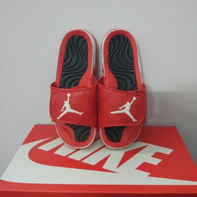 Jordan 2 đen