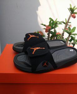 Dép jordan 3 đen logo cam