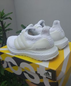 Ultraboost superfake full white