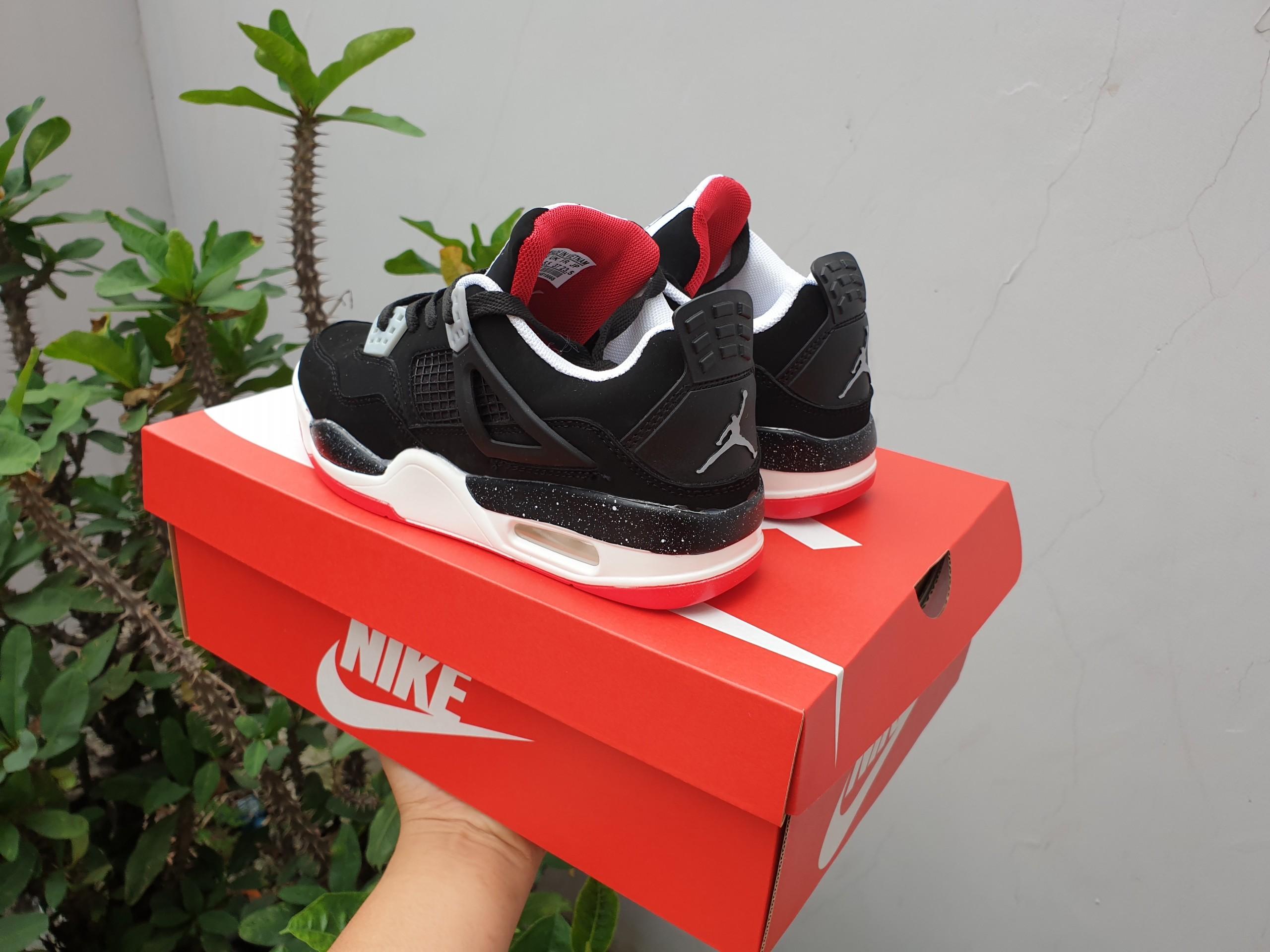 Giày jordan 4 đỏ đen