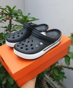 Dép crocs classic đen
