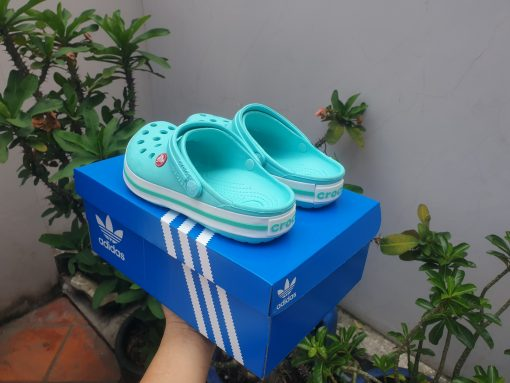 Dép crocs classic xanh mint