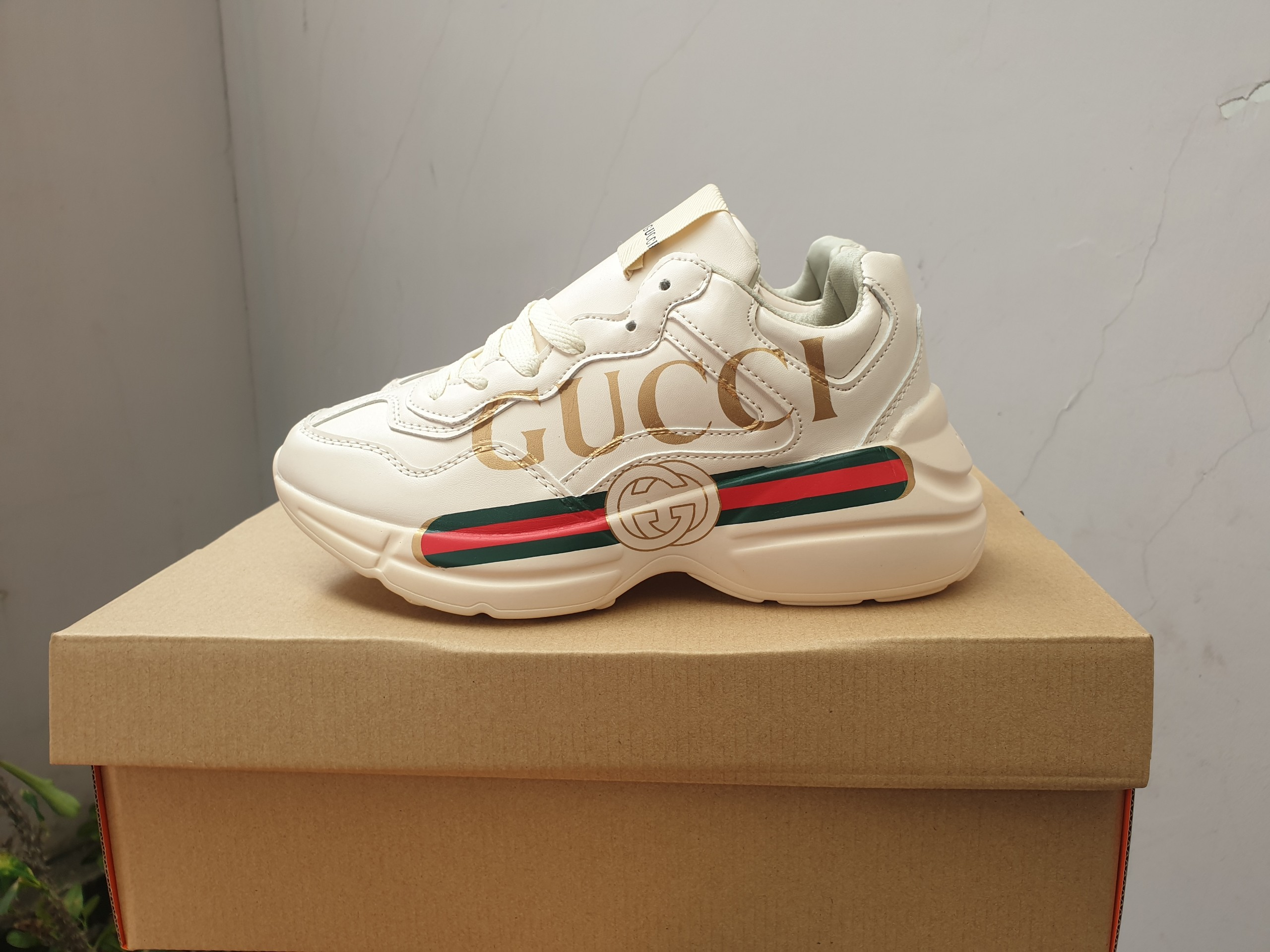 Gucci NY đen