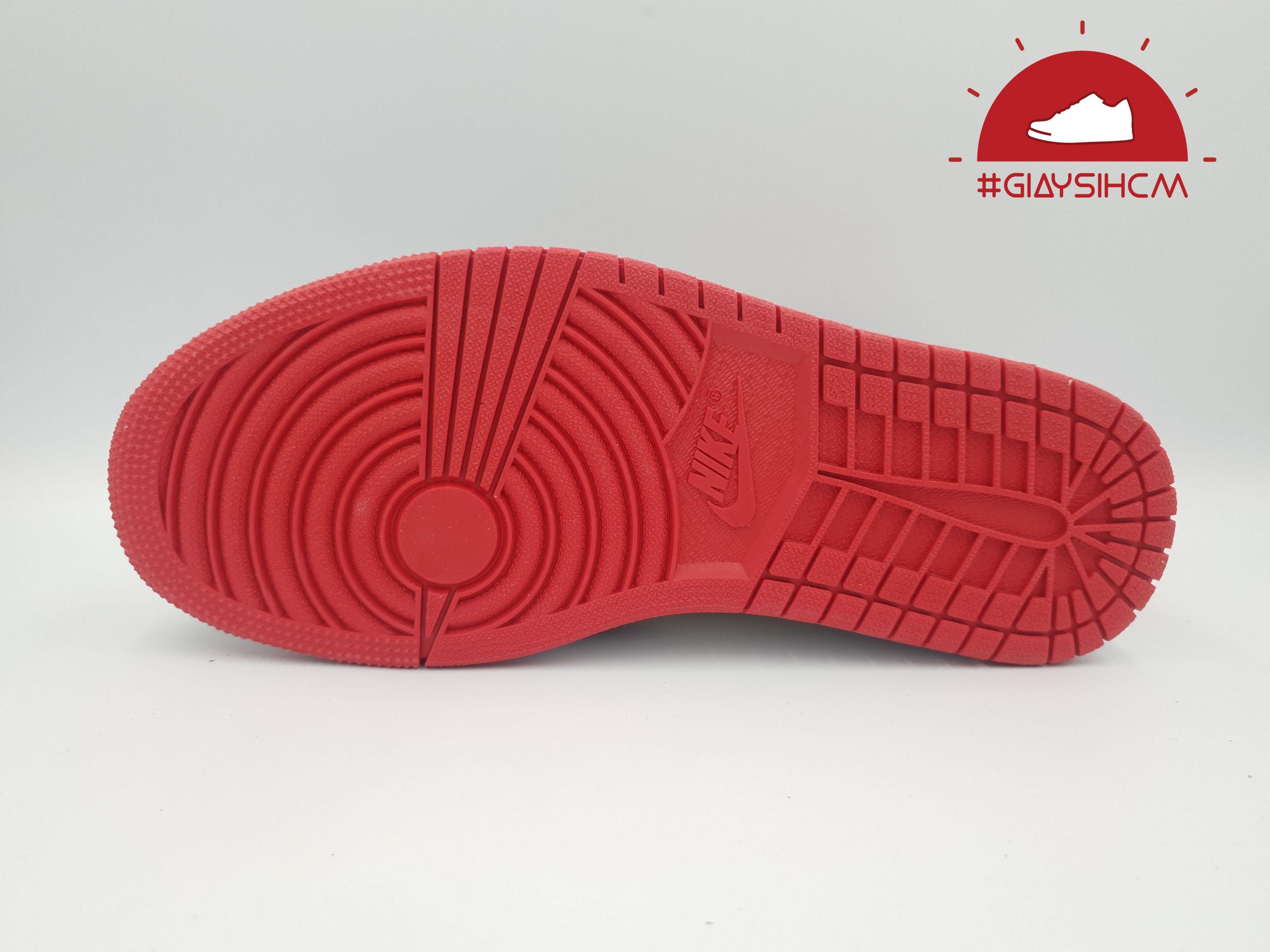 Jordan-1-Retro-High-Og-Bred-Toe