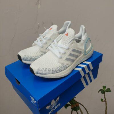 Ultraboost 6.0 màu trắng replica