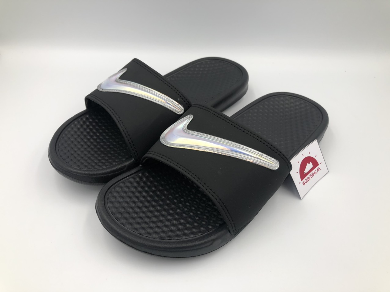Dep-Nike-Benassi-Hologram-den
