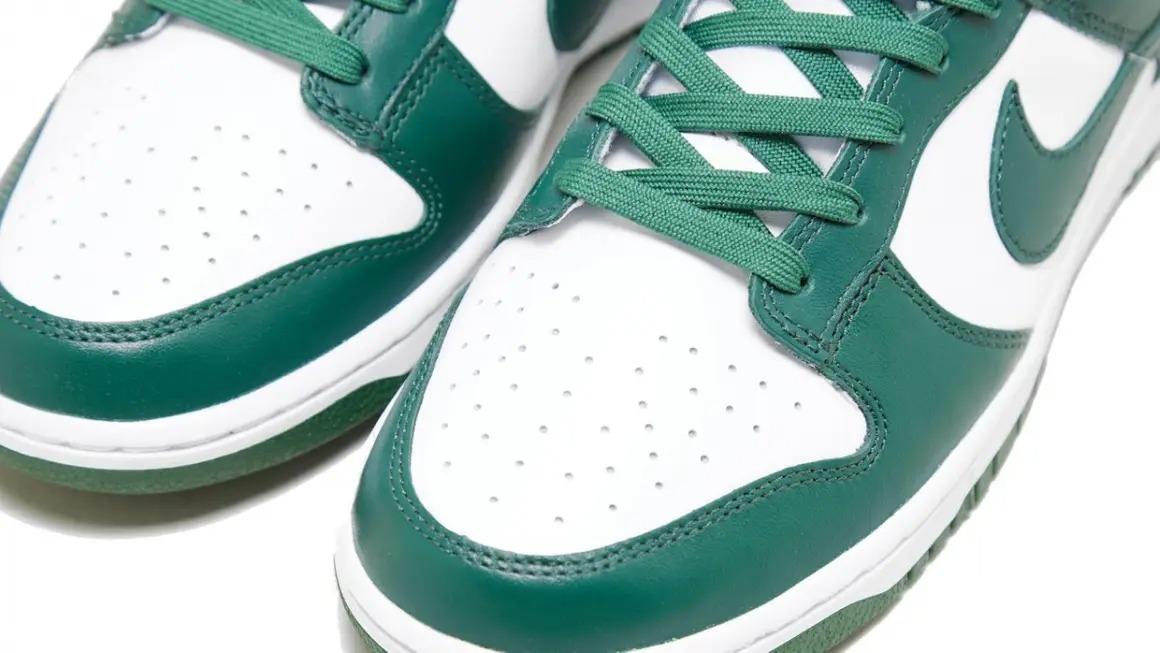 Nike-Dunk-Low-Team-Green