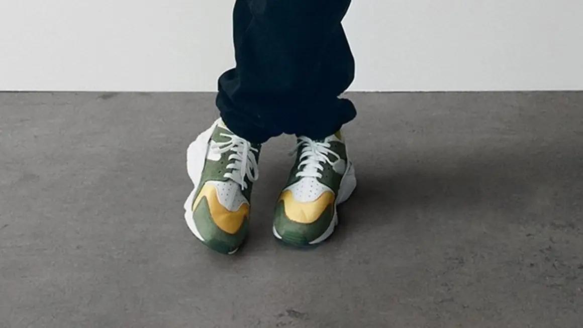 Stüssy-x-Nike-Air-Huarache
