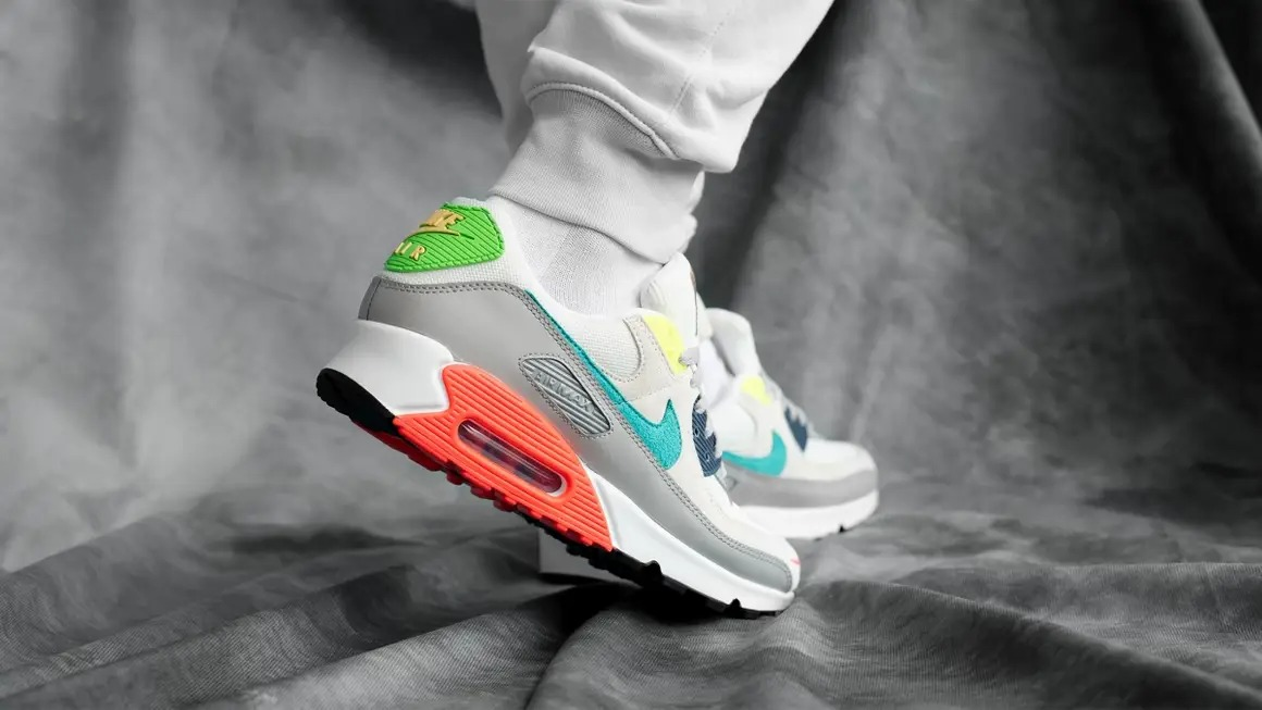 Nike-Air-Max-90-Evolution-of-Icons